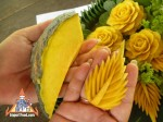thai-vegetable-carving-cucumber-petal-04.jpg