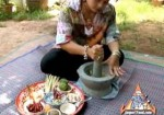 How Thai Curry Paste is Made: Our Step-by-Step Photo/Video Recipe